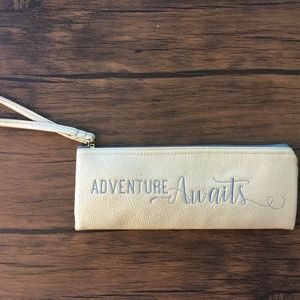 "Handbags - 💛💛Case/Pencil Case ""Adventure Awaits"" 💛💛"